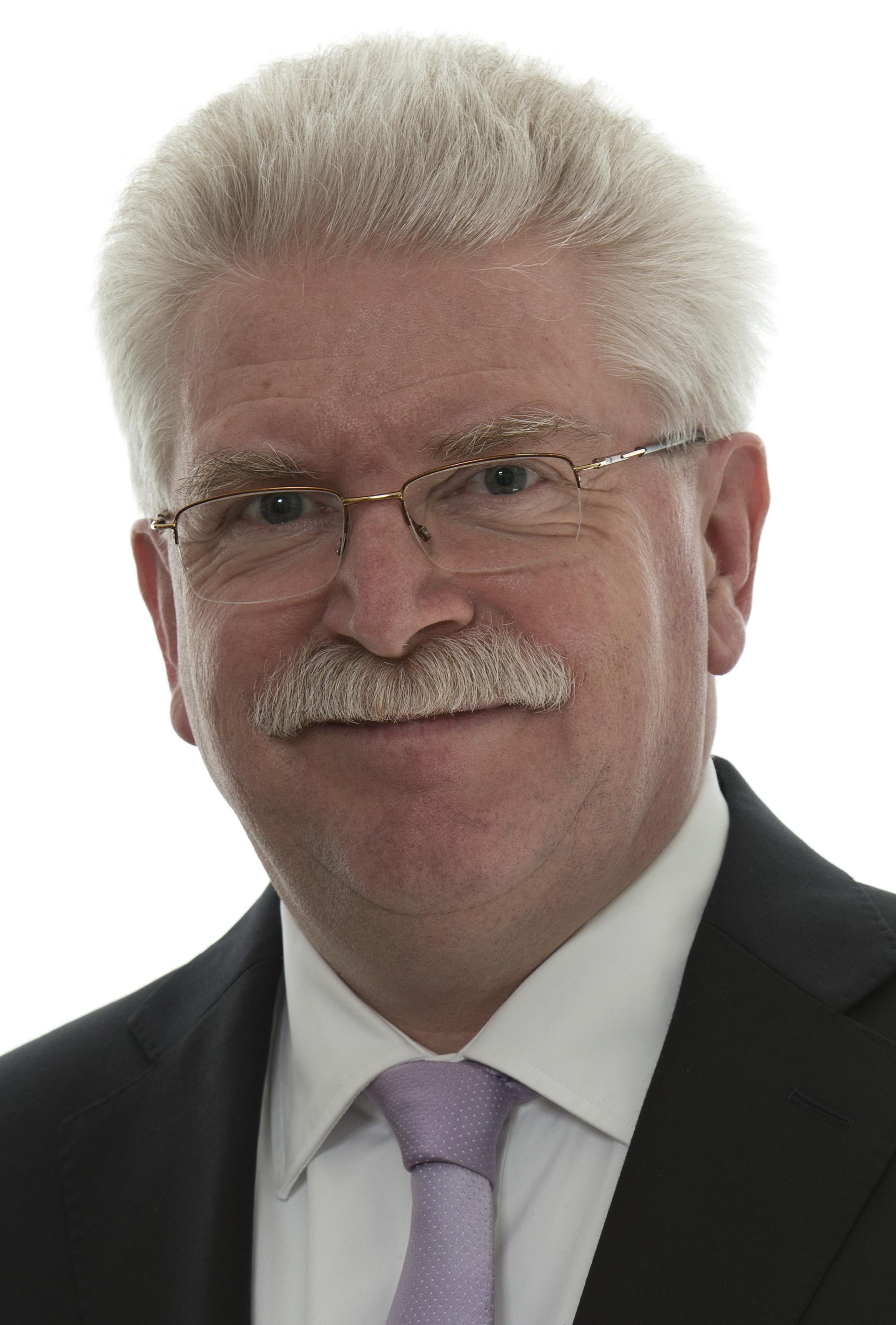 Wirtschaftsminister Martin Zeil